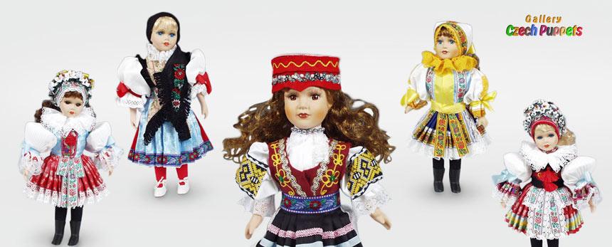 Puppen in Landestracht