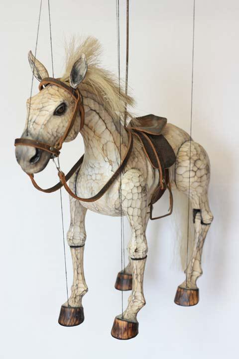 pferd marionette aus holz online kaufen gr e 52 cm art nr pr032 marionetten. Black Bedroom Furniture Sets. Home Design Ideas