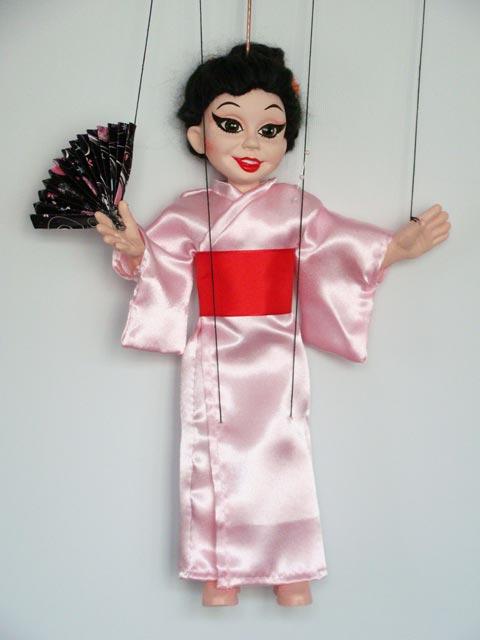 Eine Geisha marionette