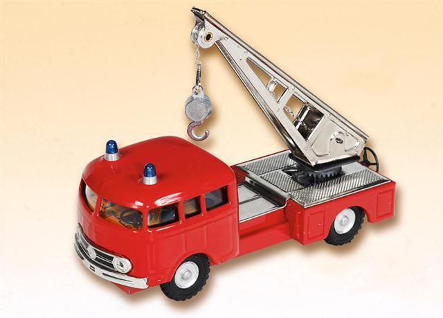 Mercedes LP Feuerwehr Kranwagen blechspielware