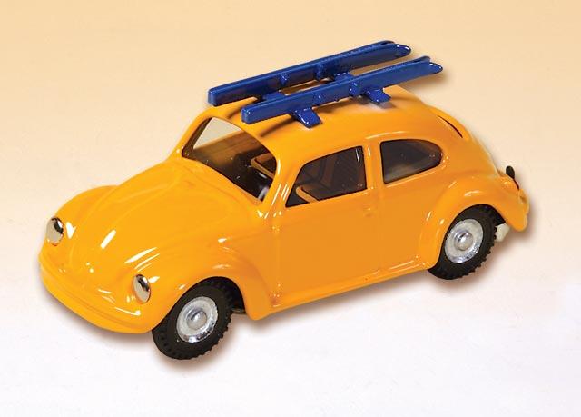 VW Käfer mit Skier blechspielware