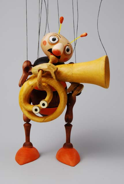 Trompeter musikant Holzmarionette